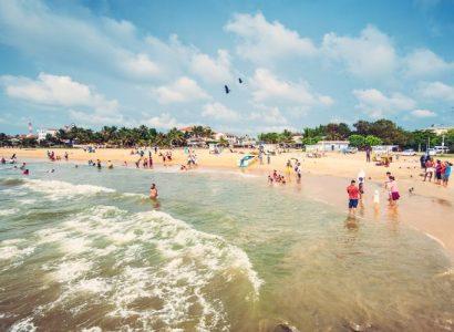 Negombo-beach-Sri-Lanka-870x500